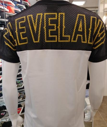 2016-17 Cleveland 70 Summer-T