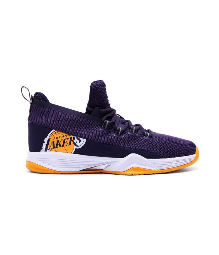 Кроссовки баскетбол NBA Star 500