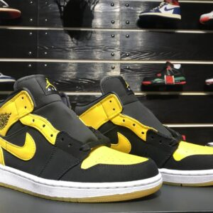 Air Jordan 1 Retro Mid New Love 2017 1