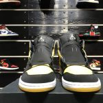 Air Jordan 1 Retro Mid New Love 2017 7