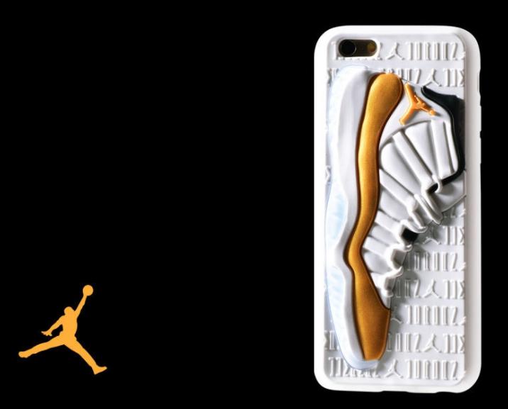 Чехол Air Jordan 12 на iPhone золотой