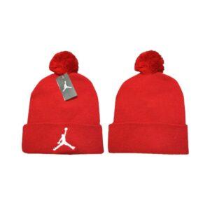 Шапка Air Jordan #1 с помпоном красная