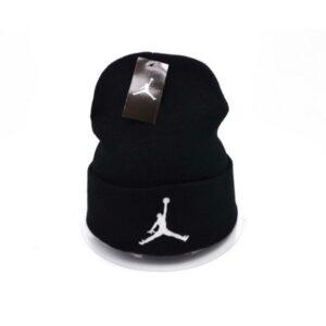 Шапка Air Jordan #2 чёрно-белая