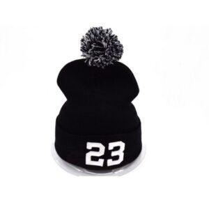 Шапка Jordan 23 #1 с помпоном чёрно-белая