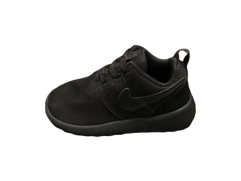 Nike-Kids-Roshe-Run-11