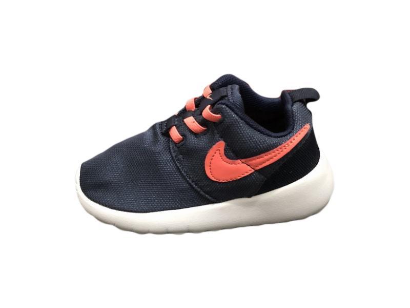 Nike-Kids-Roshe-Run-13