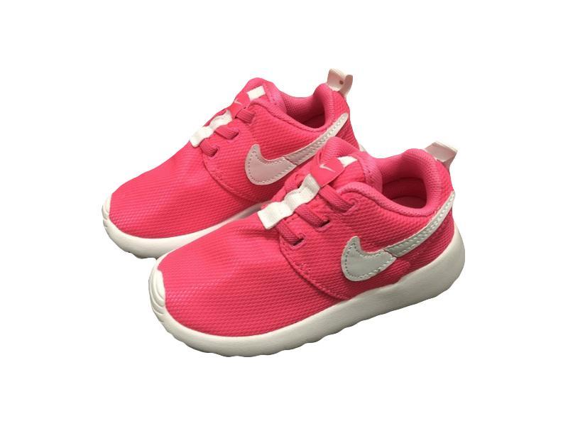 Nike-Kids-Roshe-Run-18