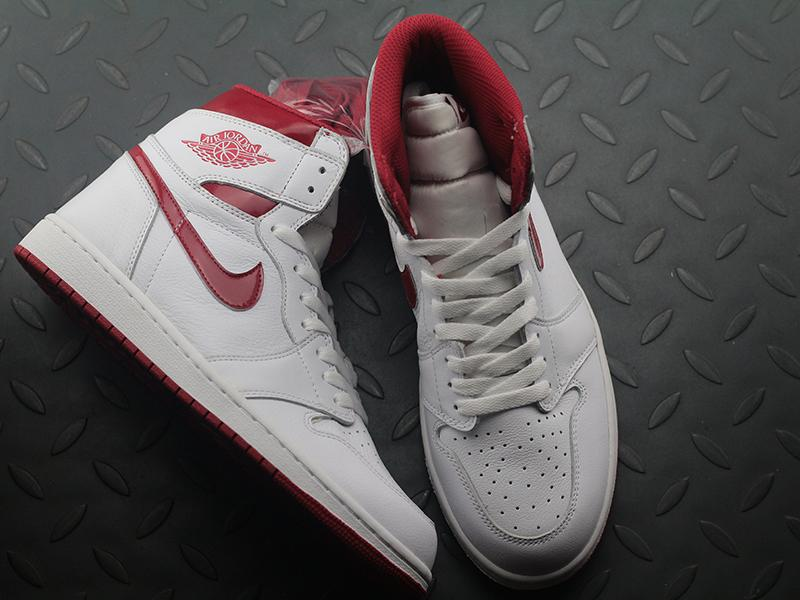 Jordan 1 Retro Metallic Red (2017)-1
