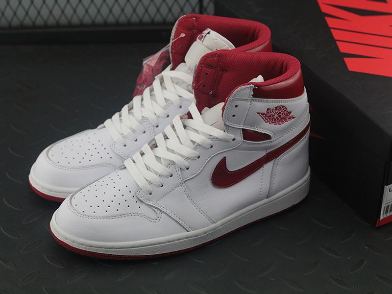 Jordan 1 Retro Metallic Red (2017)-6