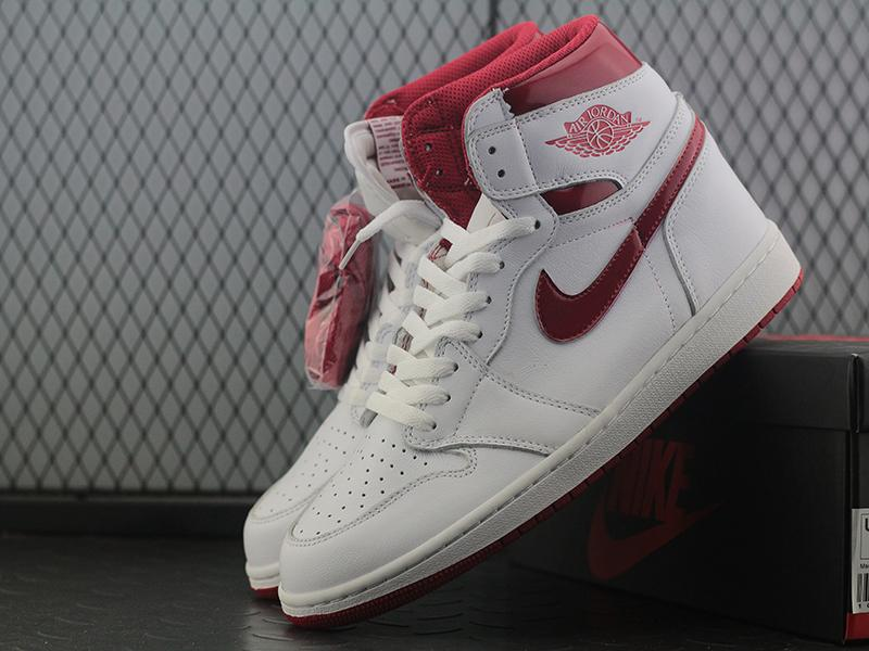 Jordan 1 Retro Metallic Red (2017)-7