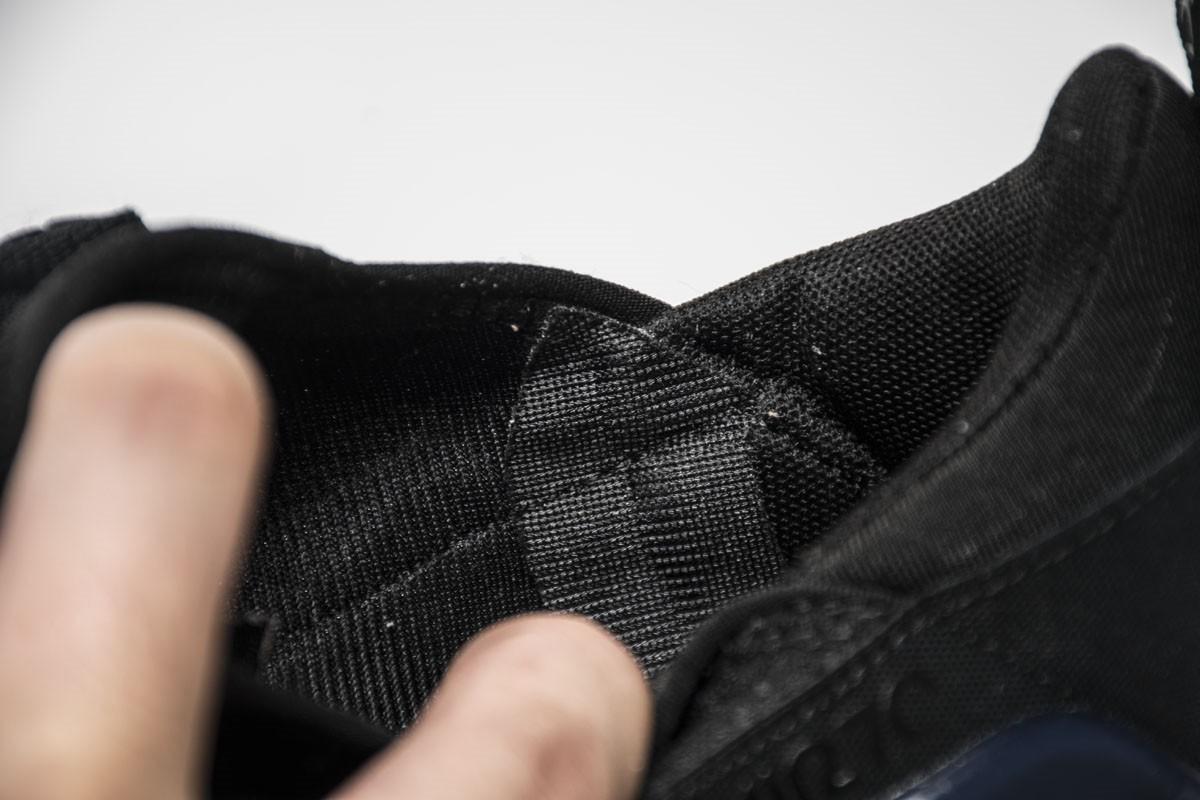Nike-Air-Max-270-Black-Photo-Blue-2