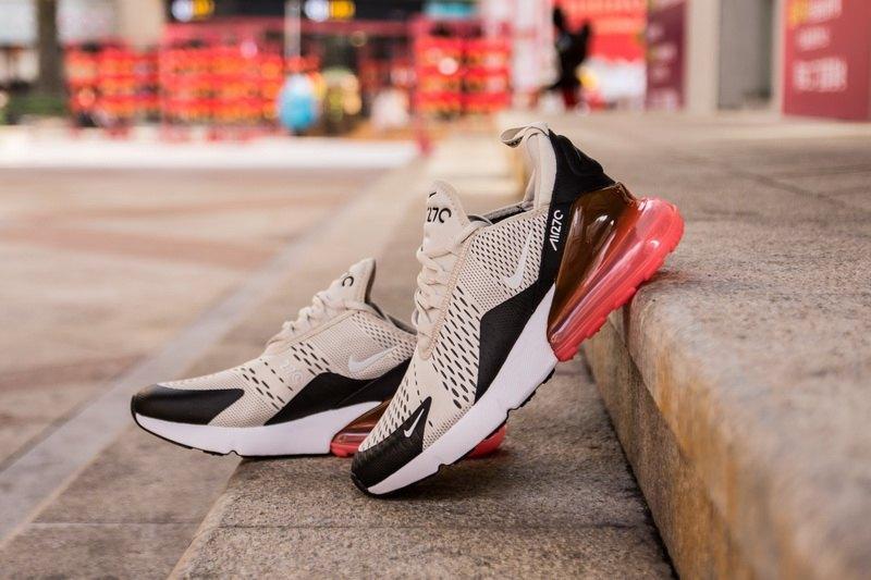 Nike-Air-Max-270-Light-Bone-Hot-Punch-6