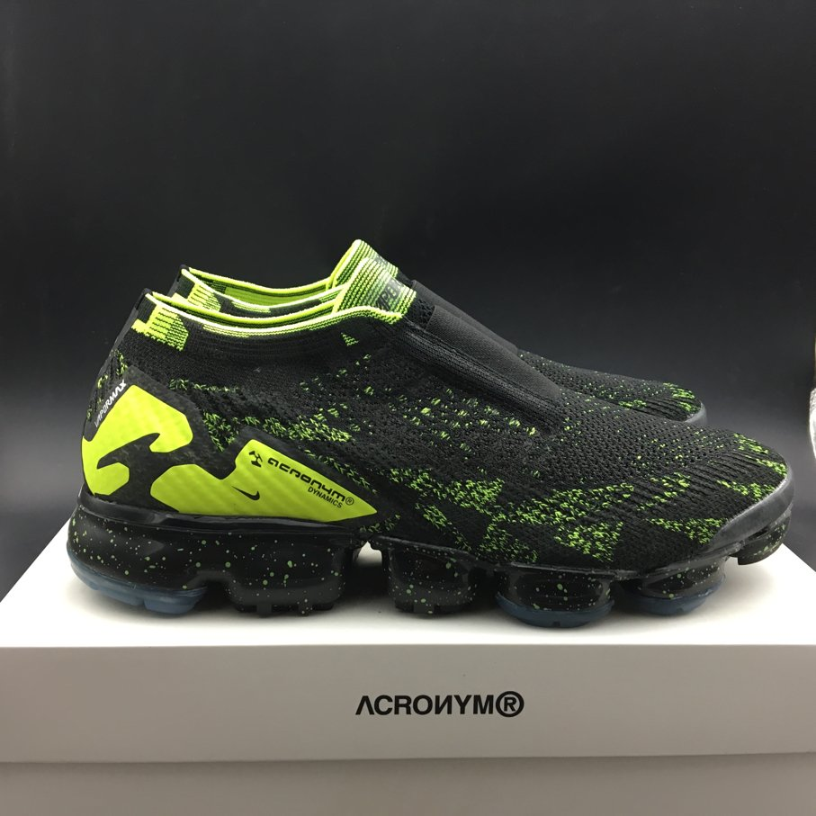 Air VaporMax Moc 2 Acronym Black (3)