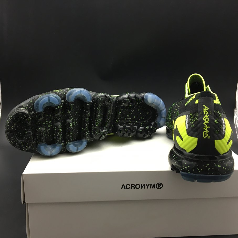 Air VaporMax Moc 2 Acronym Black (7)