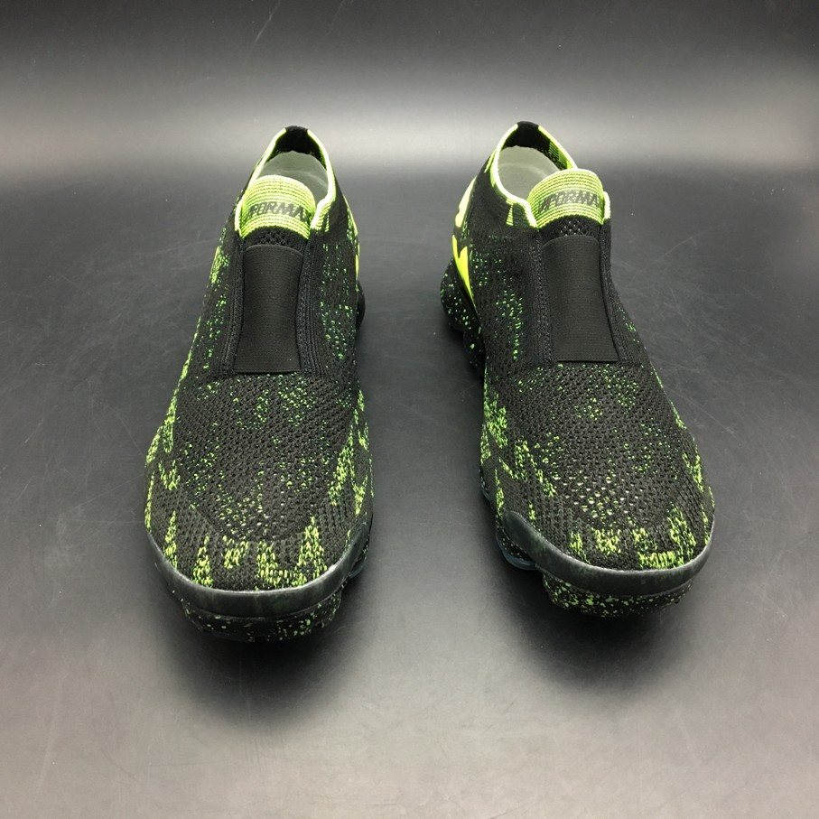 Air VaporMax Moc 2 Acronym Black (9)
