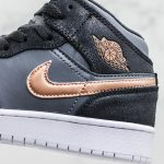 Air Jordan 1 Retro High GS Black Metallic Red Bronze 4