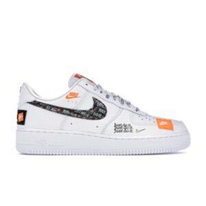 Купить кроссовки Air Force 1 Low Just Do It Pack White Black с подарком и бесплатной доставкой.