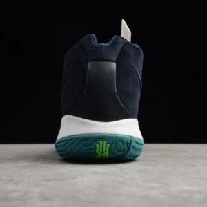 Купить кроссовки Kyrie 4 Dark Obsidian Think Twice с фирменными носками в подарок и бесплатной доставкой.
