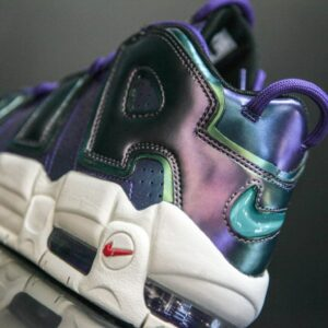 Купить кроссовки Air More Uptempo Iridescent Purple (GS)