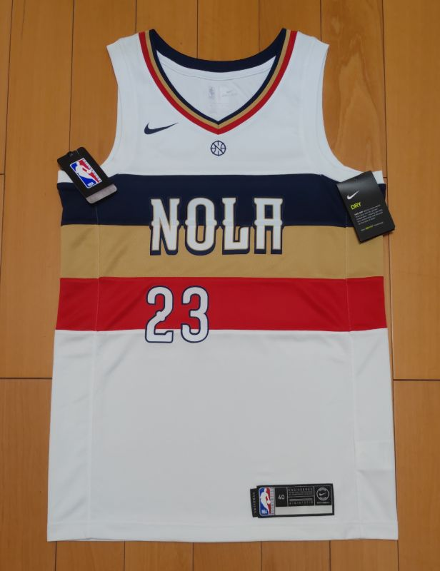 2018-19 Anthony Davis Pelicans 23 Earned White