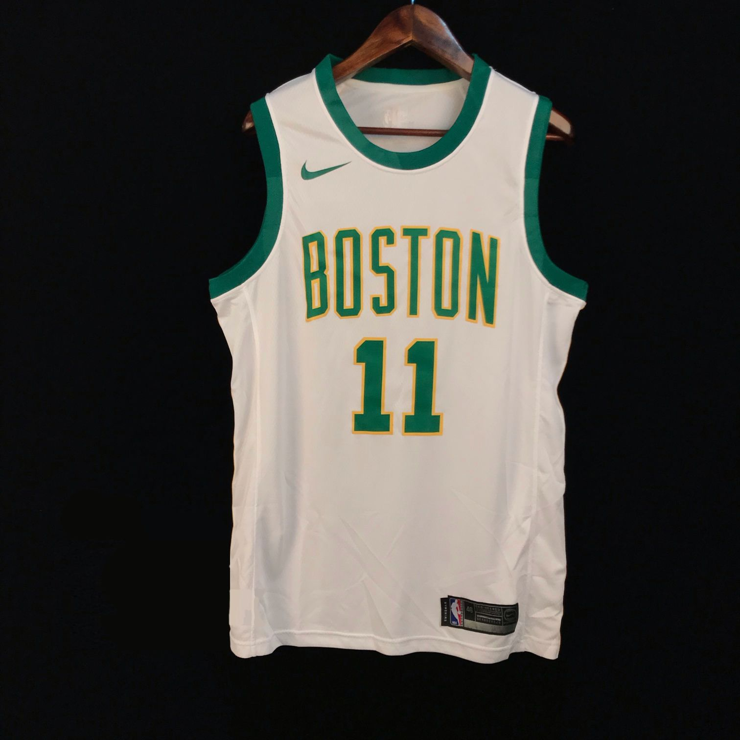 2018-19 Kyrie Irving Celtics #11 City White-1