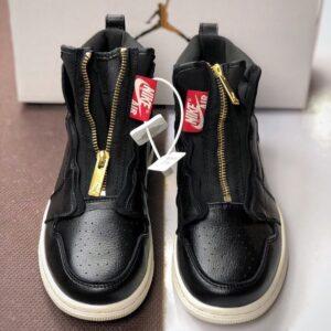Заказать поиск кроссовок Wmns Air Jordan 1 Retro High Zip Black