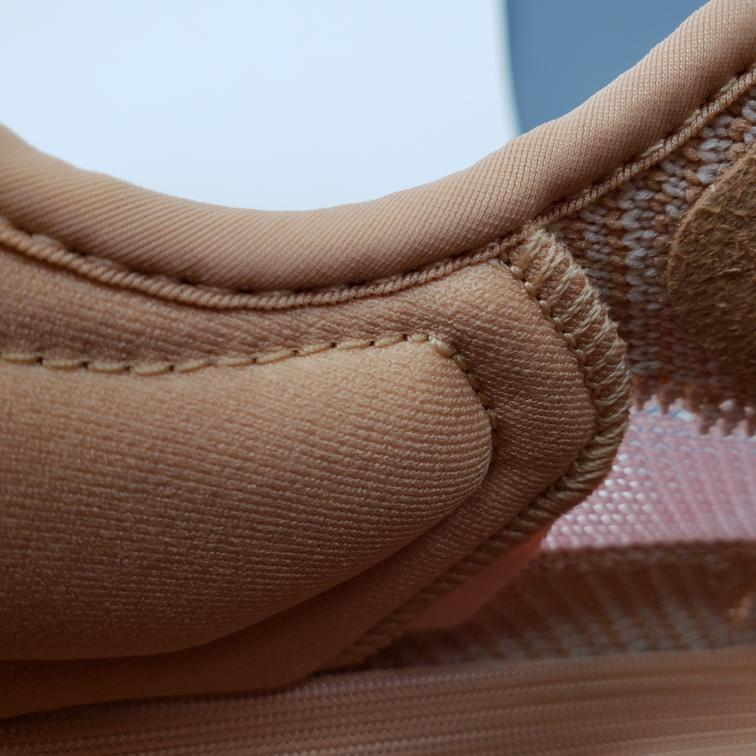 Yeezy Boost 350 V2 Clay-15