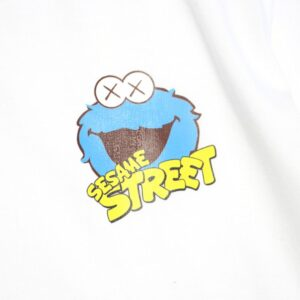 Заказать футболку 2019 KAWS x Sesame Street Cookie Monster White
