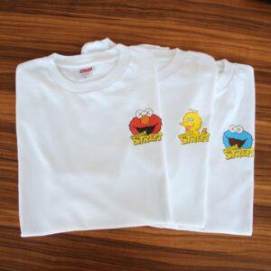 Заказать поиск футболки 2019 KAWS x Sesame Street Elmo Tee White