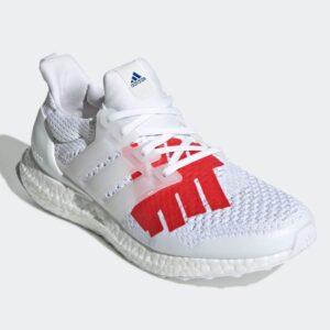 Заказать поиск кроссовок Undefeated x UltraBoost 1.0 USA