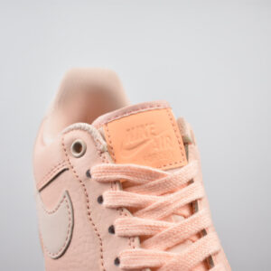 Заказать поиск кроссовок Wmns Air Force 1 Orange Pulse