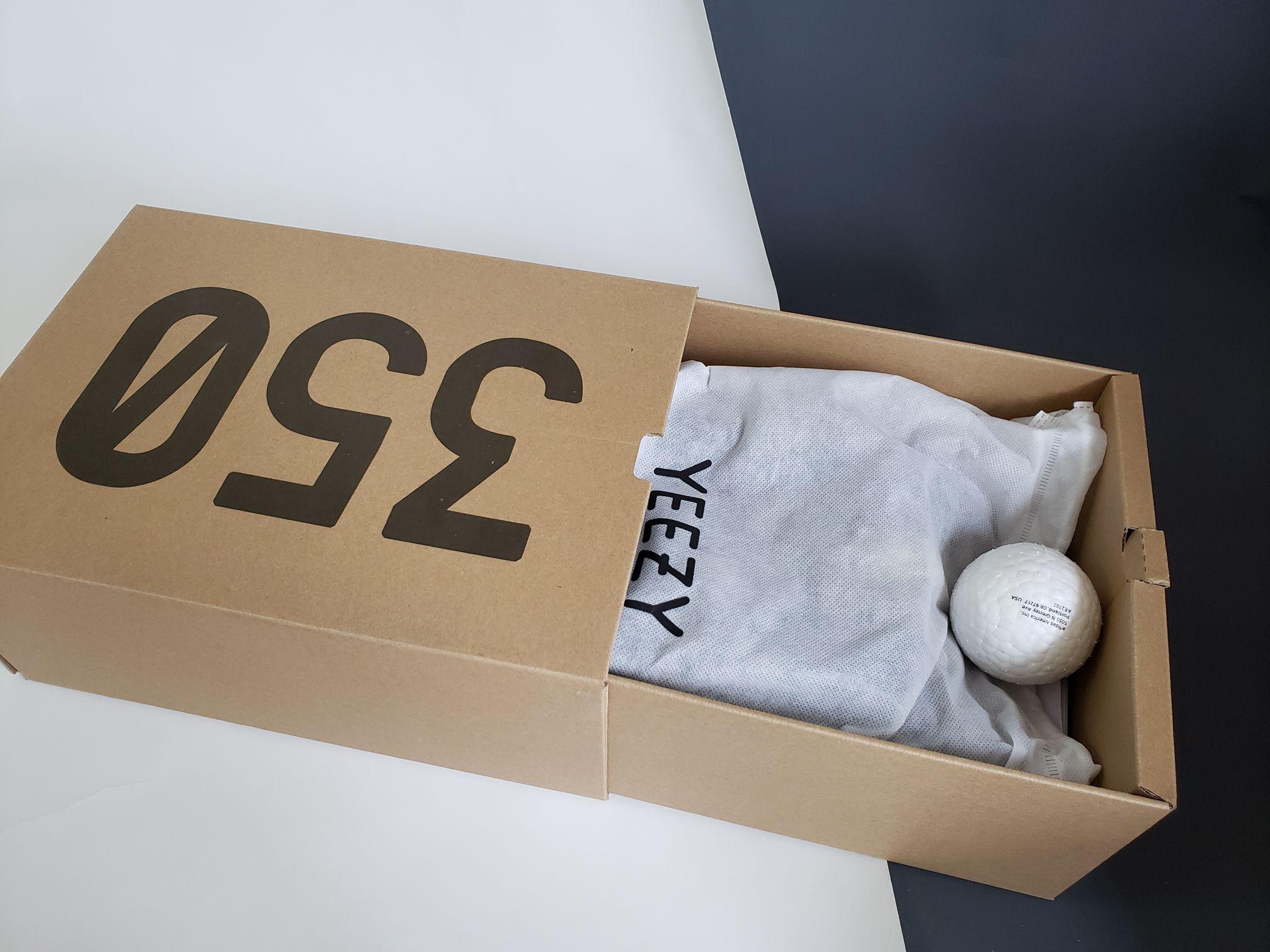 Yeezy Boost 350 V2 Zebra-3