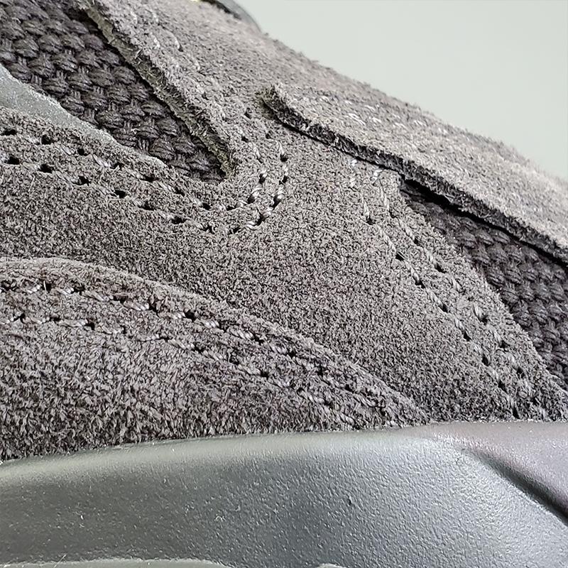 adidas Yeezy Boost 700 V2 Vanta-39