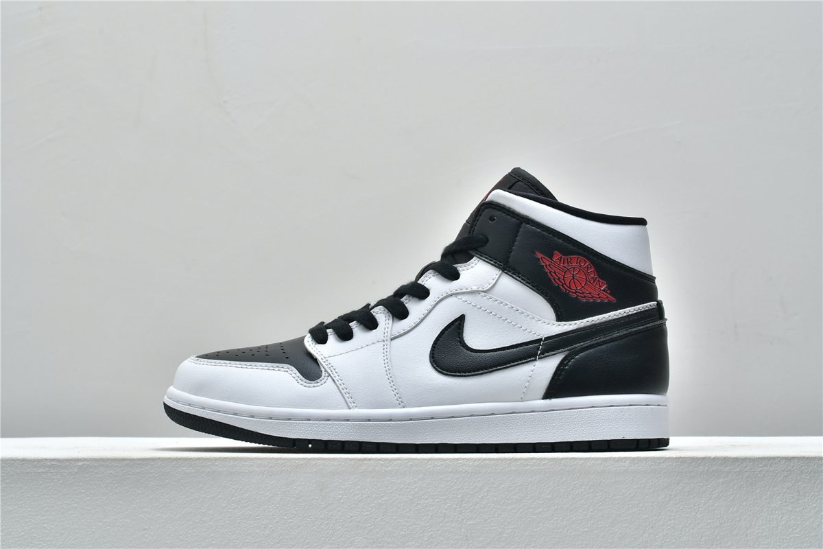 Wmns Air Jordan 1 Mid White Black 1