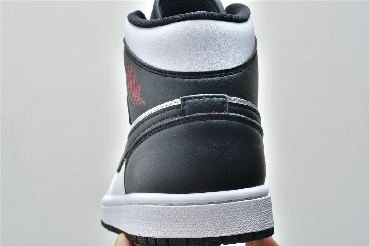 Wmns Air Jordan 1 Mid White Black 14