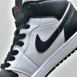 Wmns Air Jordan 1 Mid White Black 15