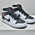 Wmns Air Jordan 1 Mid White Black 7