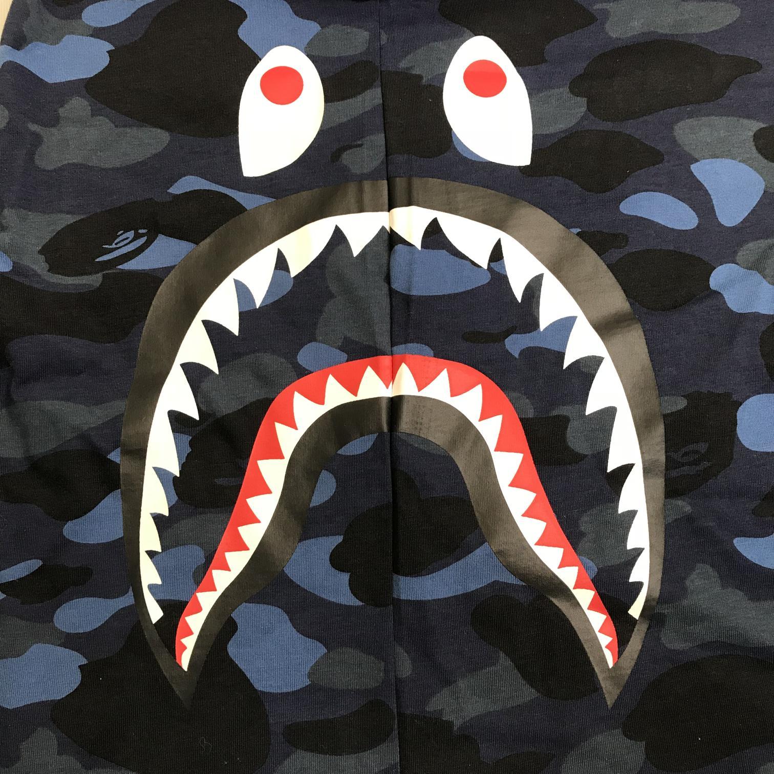 Заказать поиск футболки BAPE Color Camo Side Shark Tee Navy