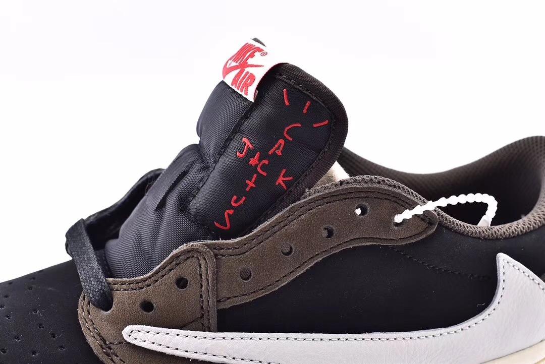 Travis Scott x Air Jordan 1 Low Mocha