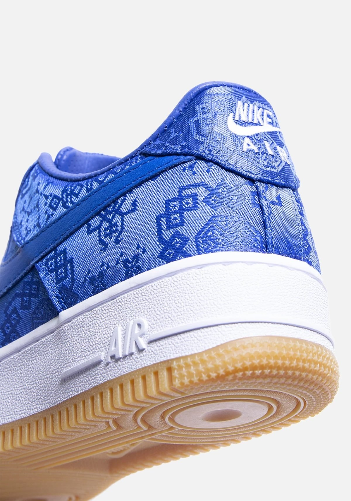Детальный взгляд на CLOT x Nike Air Force 1 Low «Game Royal»