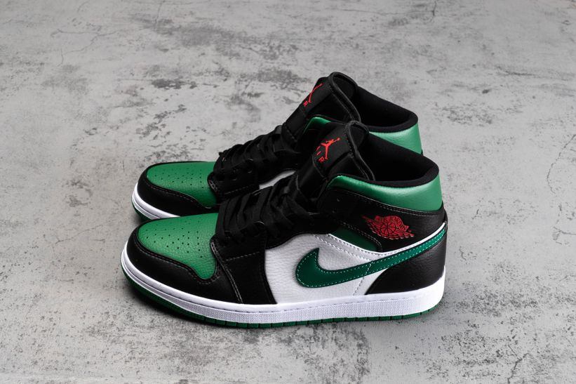 Air Jordan 1 Mid Green Toe 2
