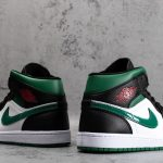 Air Jordan 1 Mid Green Toe 3