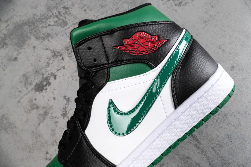 Air Jordan 1 Mid Green Toe 4