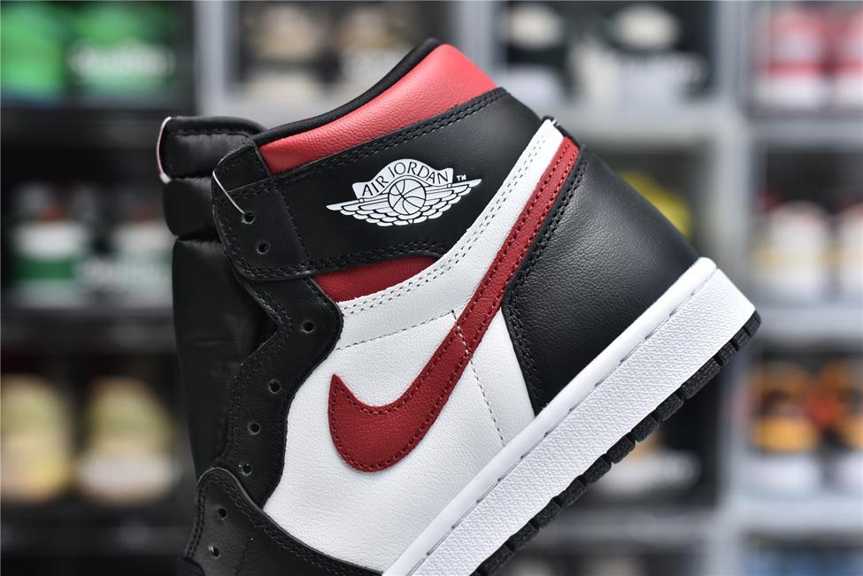 Air Jordan 1 Retro High OG Gym Red 8