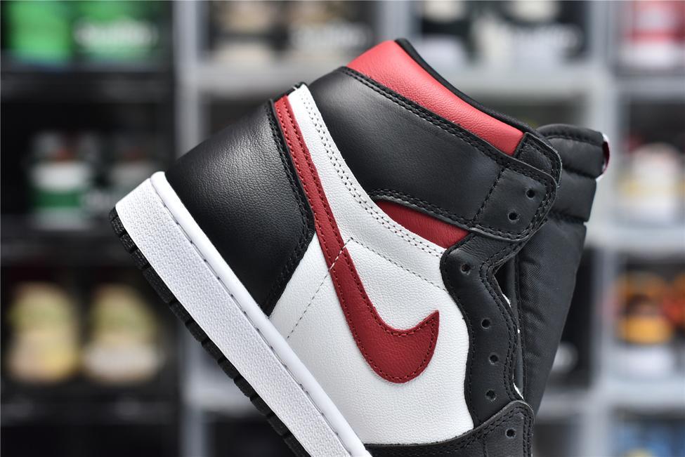 Air Jordan 1 Retro High OG Gym Red 9