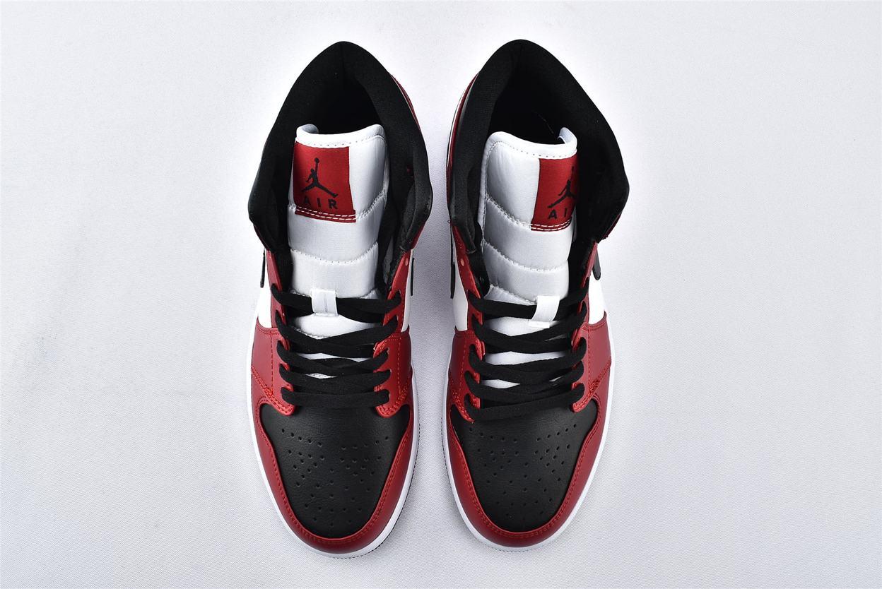 Air Jordan 1 Mid Chicago Black Toe 6