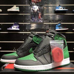 Air Jordan 1 Retro High OG Pine Green 2.0 1