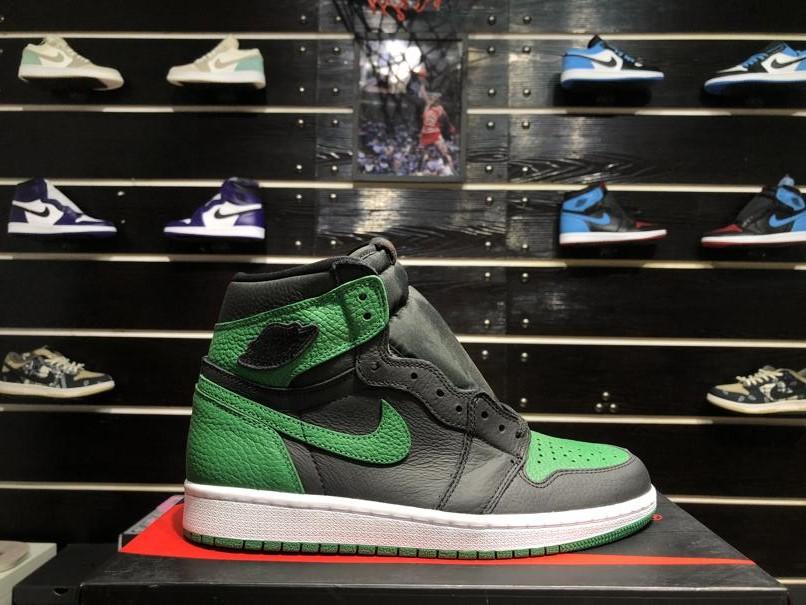 Air Jordan 1 Retro High OG Pine Green 2.0 4