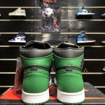 Air Jordan 1 Retro High OG Pine Green 2.0 6