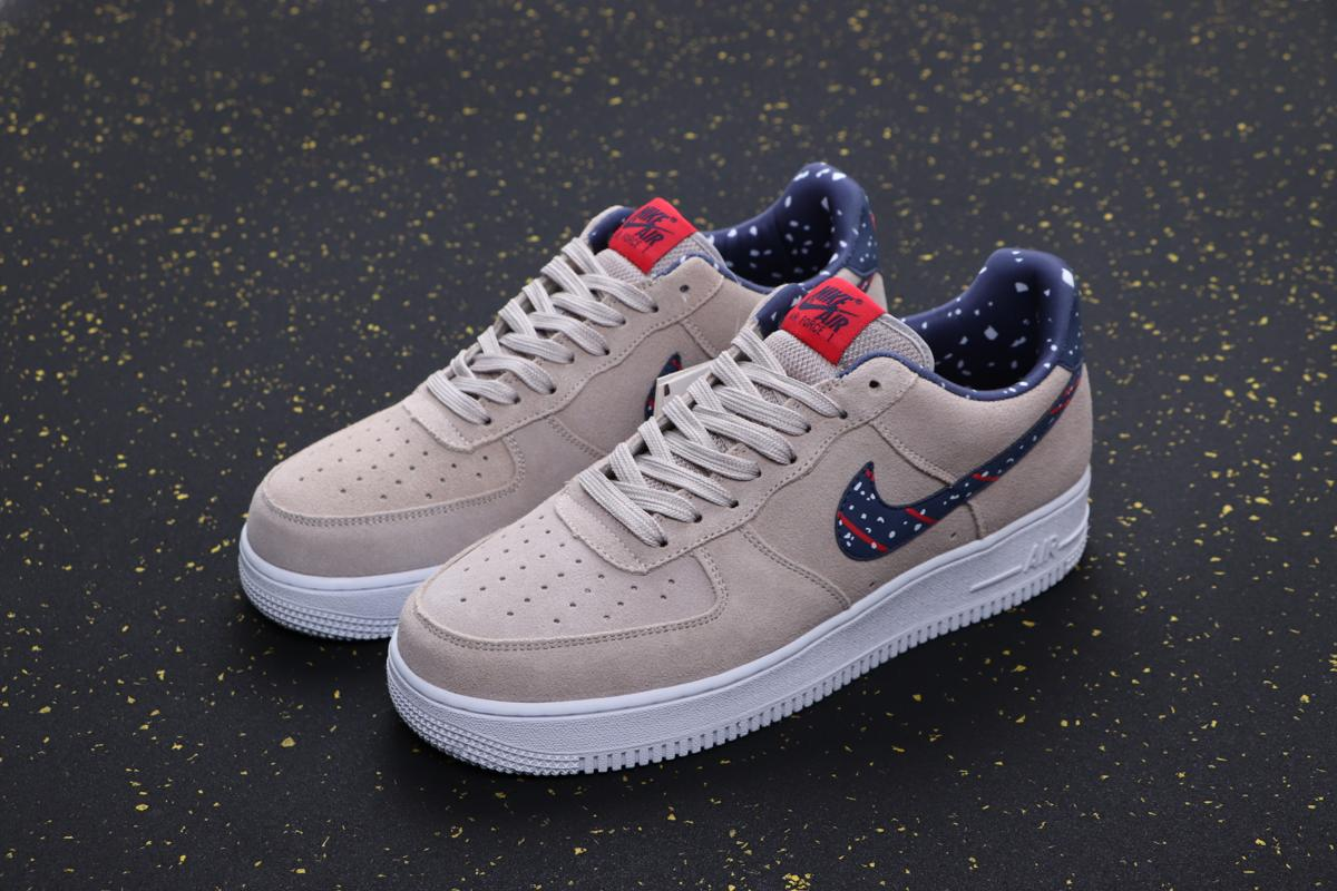 Nike Air Force 1 Low Moon Particle Moon Landing 5